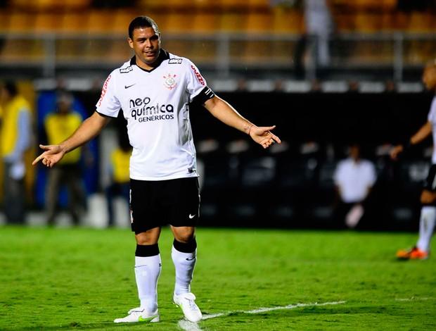 Ronaldo Corinthians x Tolima (Foto  Marcos Ribolli   Globoesporte.com) ac3ef6ea3e822