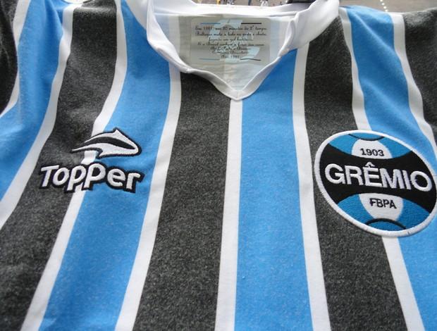 Grêmio enfrenta o Vasco utilizando uniforme em homenagem a 1981 ... 6f4623838a5a6