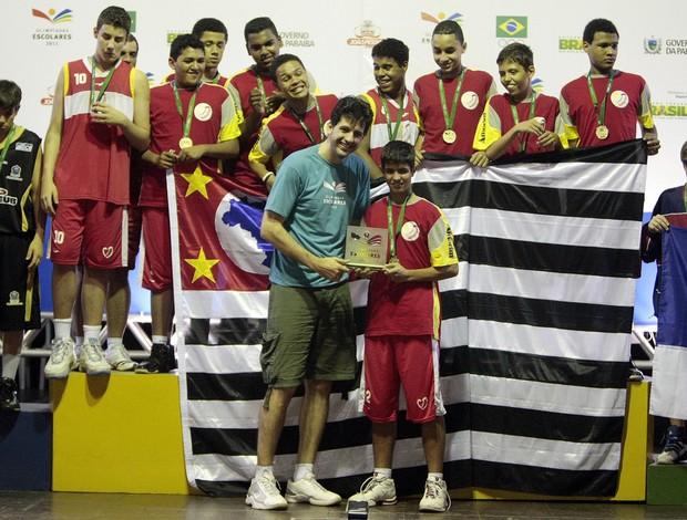 Colégio Amorim (SP) recebe a medalha de ouro nas Olimpíadas Escolares (Foto  83764d048ea67