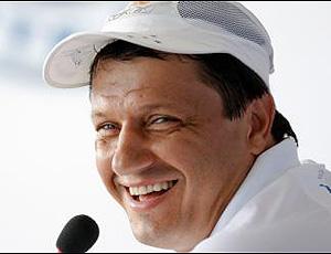 Adilson Batista é o novo treinador do Corinthians e se apresenta  terça-feira | globoesporte.com