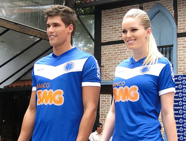 b69917c9a5932 lançamento do novo uniforme do Cruzeiro (Foto  Lucas Catta Prêta    GLOBOESPORTE.COM