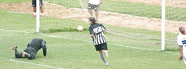 0c242b57e1 Contagem de Túlio tem gols sobre goleiro de 15 anos de time amador ...