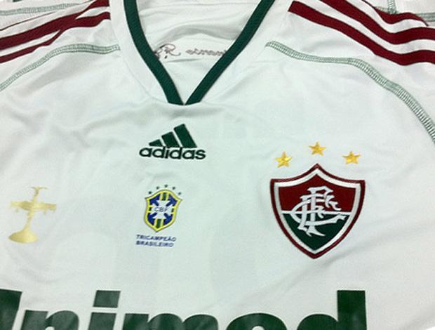 Flu já tem uniforme com escudo de campeão brasileiro do ano passado ... 7ed9255cae3d7
