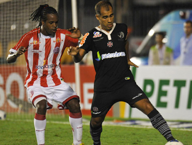 Felipe Vasco x Náutico (Foto  Flickr do ... 6f9be1f3245c2