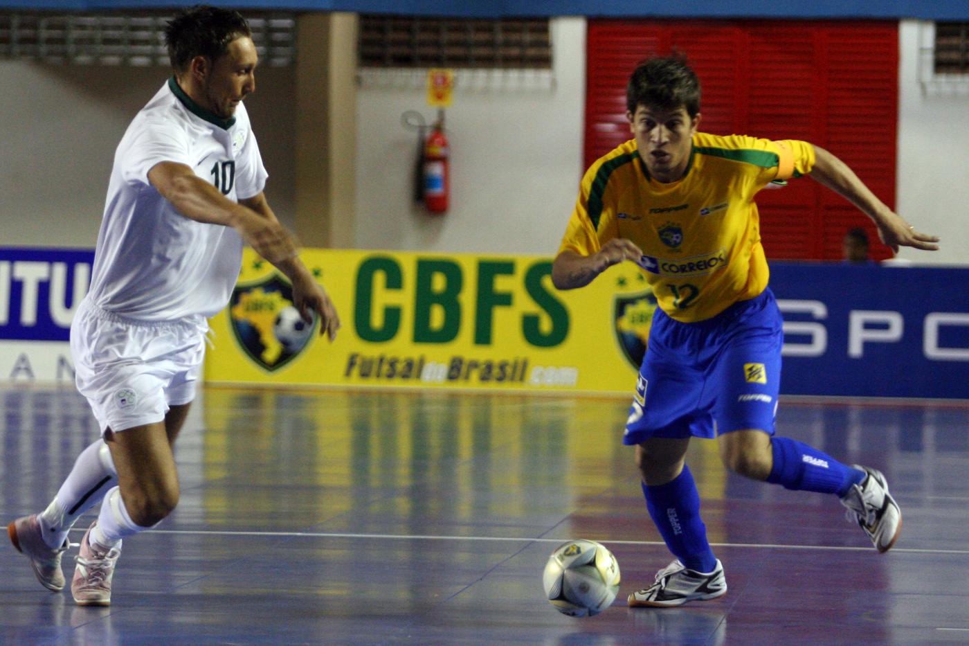 Jogadores da seleção disputam campeonato de futsal em Dracena - Globo.com