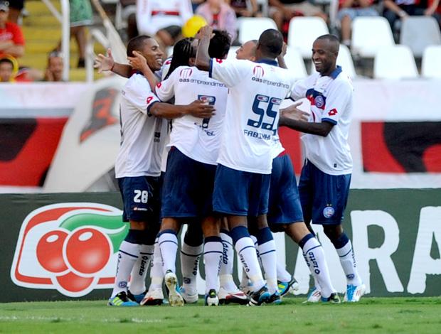 jogadores bahia gol flamengo (Foto: Celso Pupo / Agência Estado)