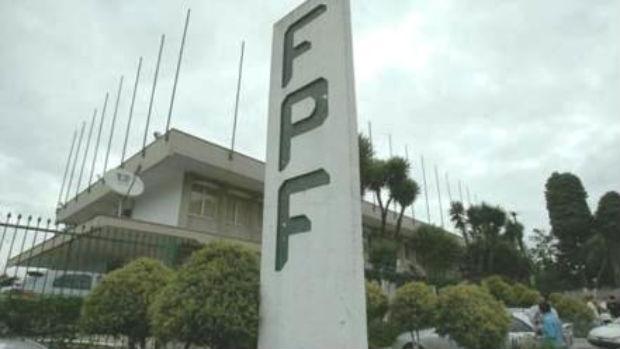 Sede da Federação Paranaense de Futebol é vendida em leilão