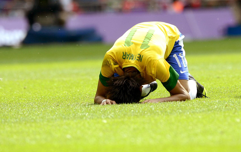 Brasil falha muito c0b3137e53268