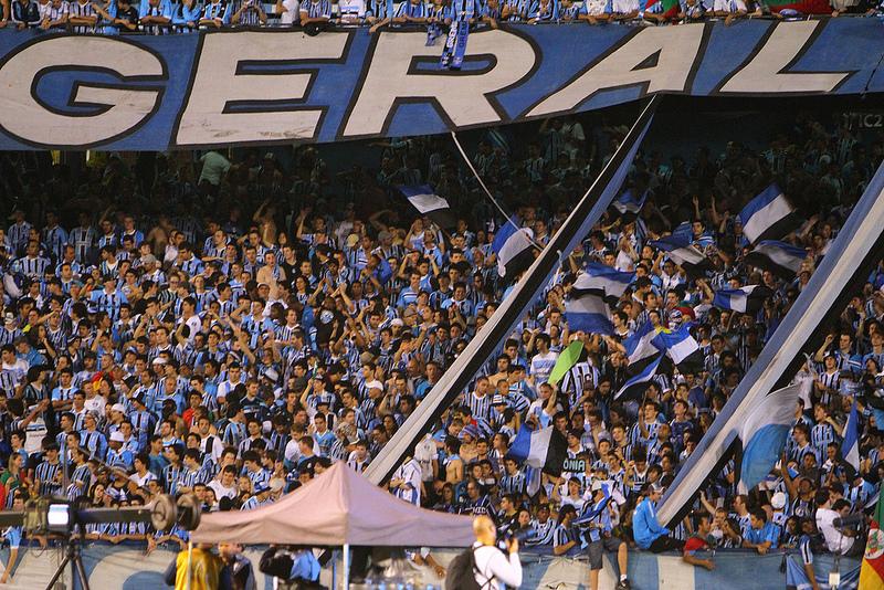 657b524de7123 Grêmio faz promoção e espera lotar o Olímpico contra a Ponte Preta ...