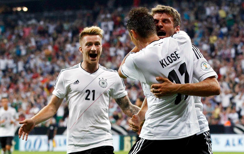 8508b633f1 Jogadores da Alemanha receberão quase R  1 mi se ganharem a Copa ...