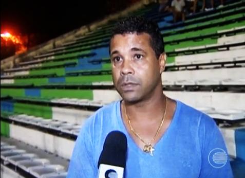 Rodrigo Chagas assiste a jogo do Piauí e treinador garante sucesso no  Barras | globoesporte.com