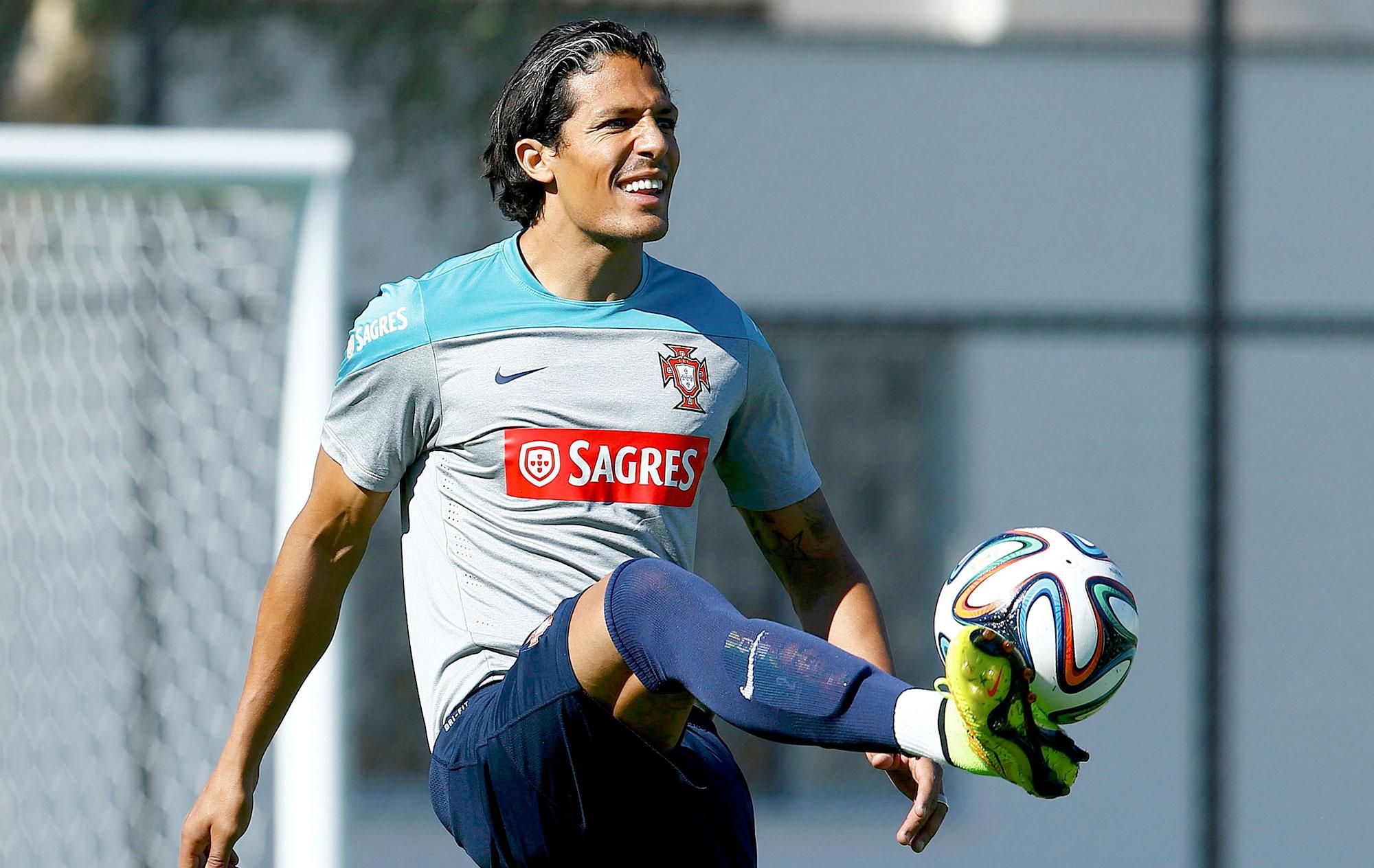Bruno Alves é poupado de treino 9c127c891406f