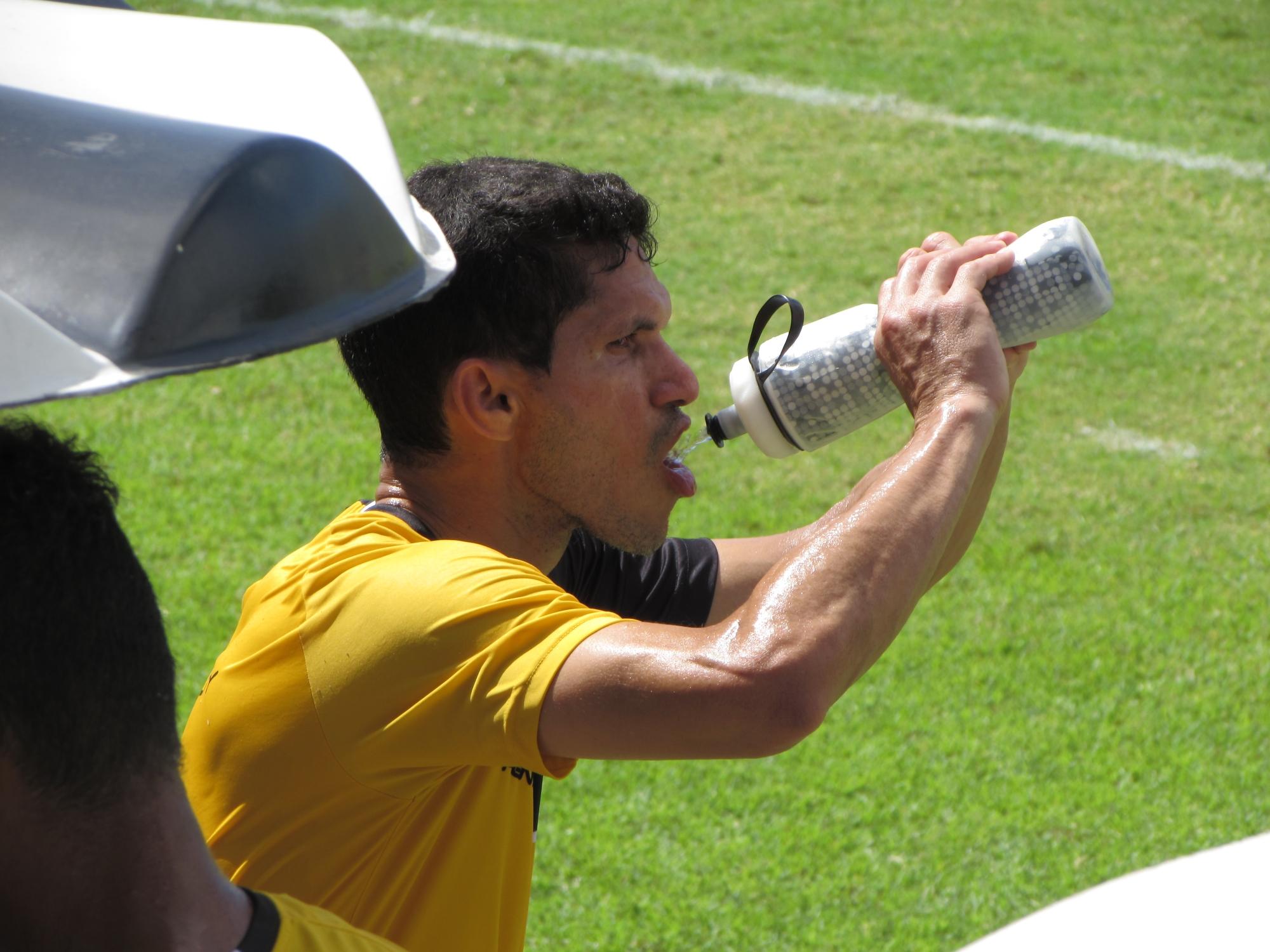Sem Magno Alves, Ceará encerra preparação para jogo contra ... - Globo.com