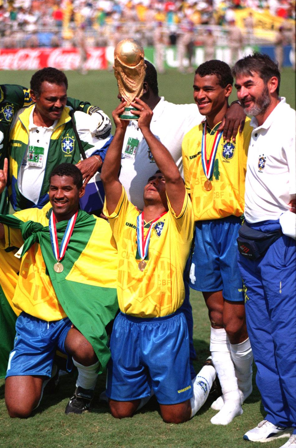 e9d21f0f7250f É tetra  conquista do Brasil na Copa nos EUA completa 20 anos ...