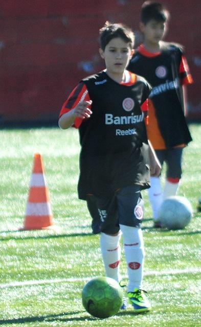027806a872528 Filho de Fernandão segue trilha do pai e estreia na base do Inter com  vitória
