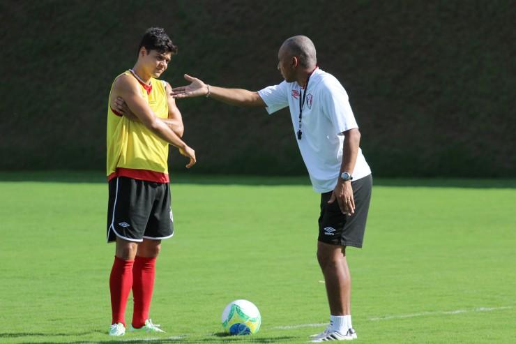 Com foco no Boa Esporte, Joinville faz último treino antes de duelo ... - Globo.com
