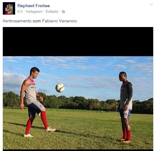"""Raphael posta foto com Fabiano na internet e sugere: """"Entrosamento"""" - Globo.com"""