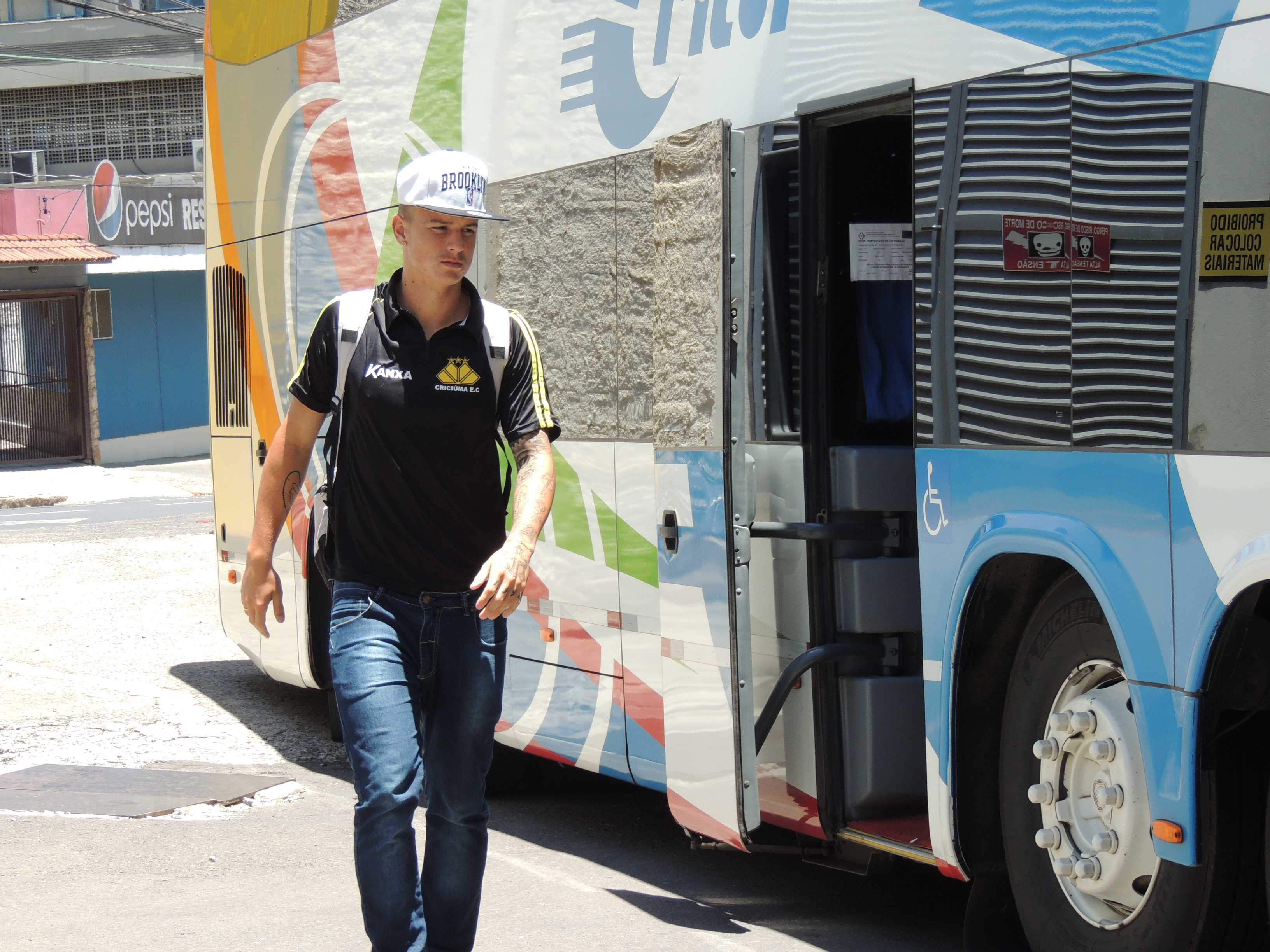 """Desde o infantil no Tigre, Roger diz: """"Tive que dar o chapéu no ... - Globo.com"""