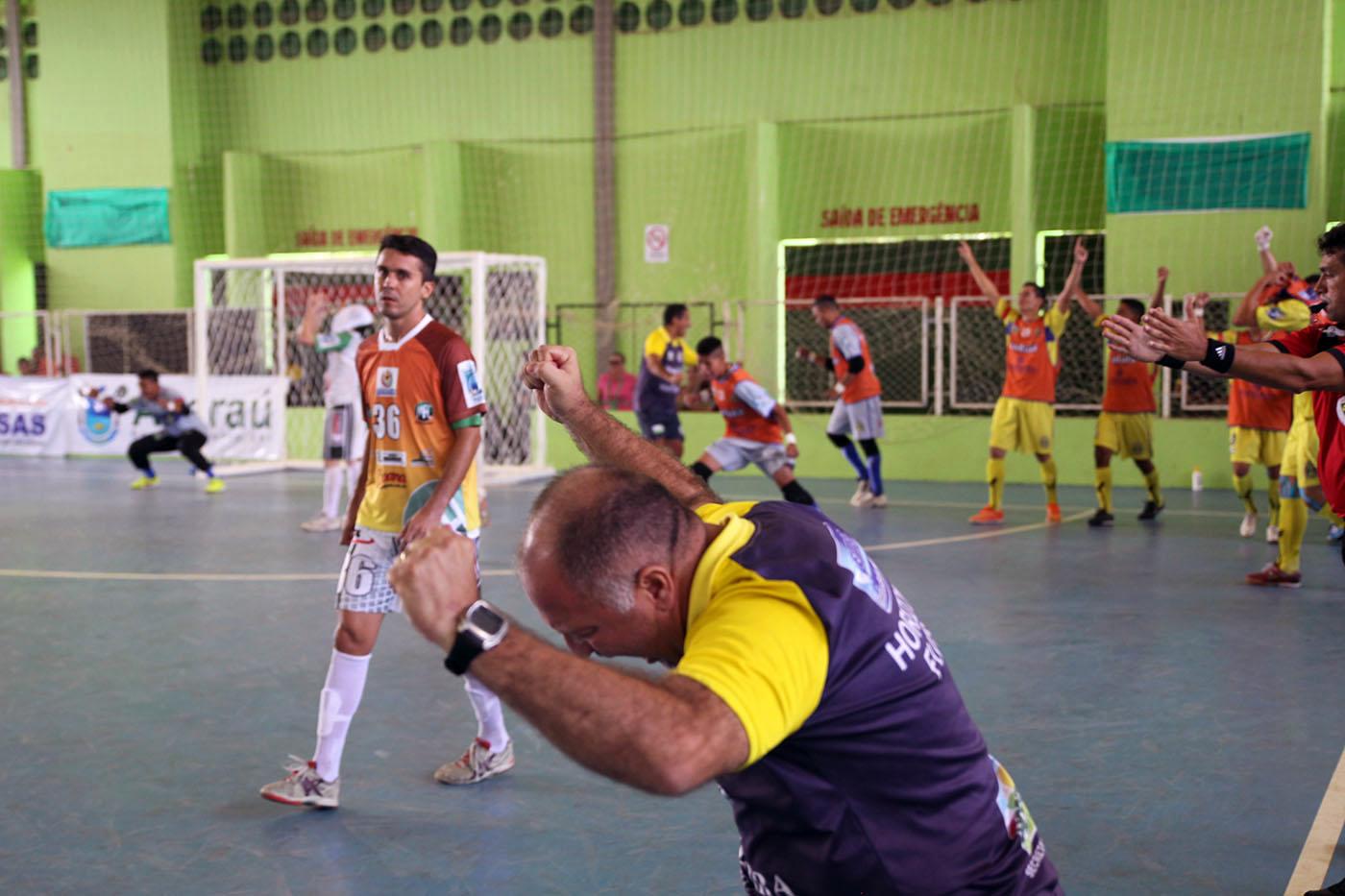 Com dois de Hugo, Horizonte vence Maranguape de virada e está ... - Globo.com