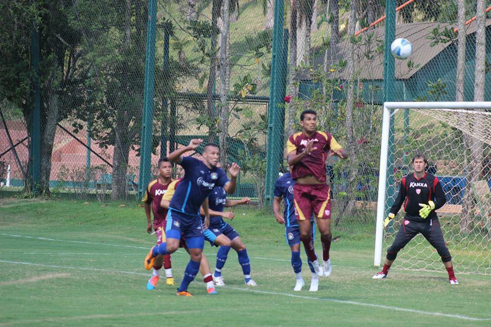 Mogi leva virada do São Caetano e perde primeiro jogo-treino do ano - Globo.com