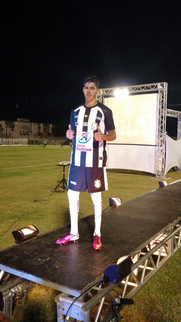 Treze apresenta no Presidente Vargas novos uniformes para a ... - Globo.com