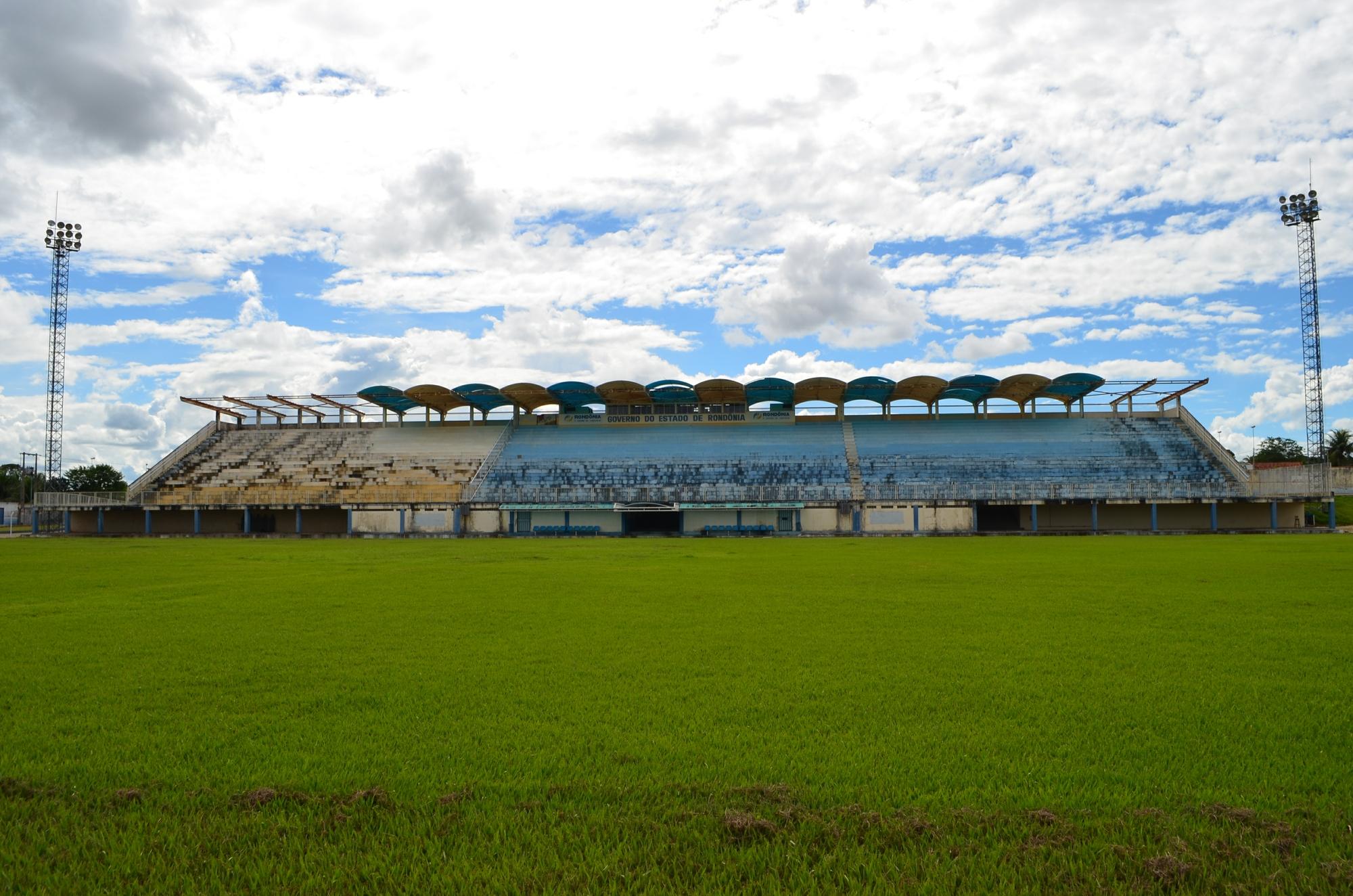 Interditado, estádio de Ji-Paraná terá R$ 700 mil para reforma ... - Globo.com