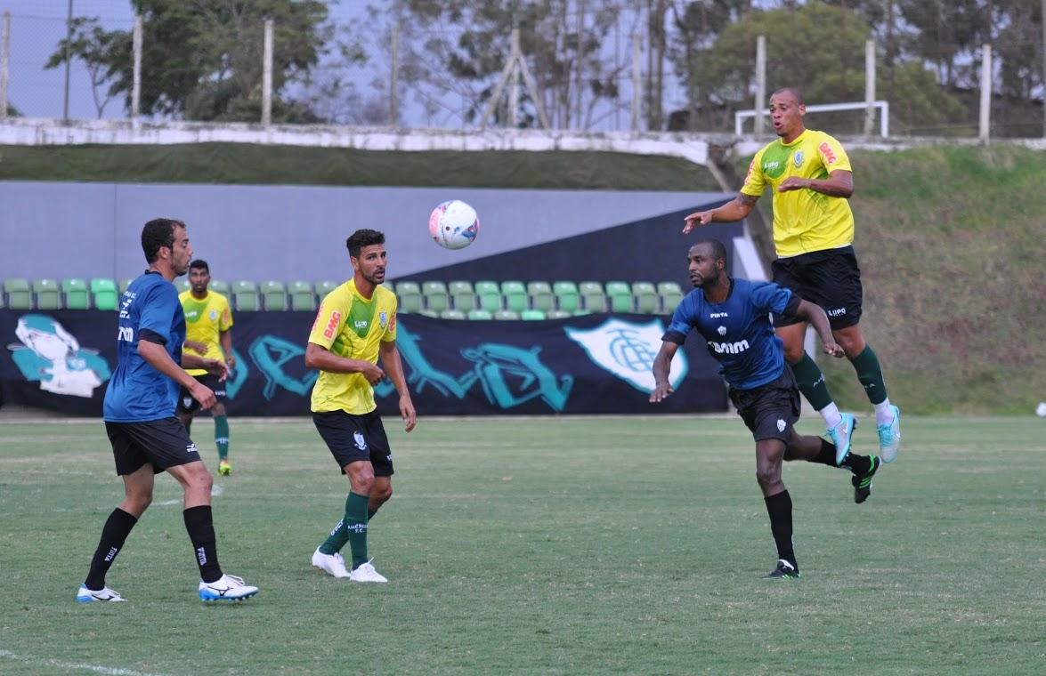 América-MG goleia Araxá Esporte em jogo-treino no CT Lanna ... - Globo.com