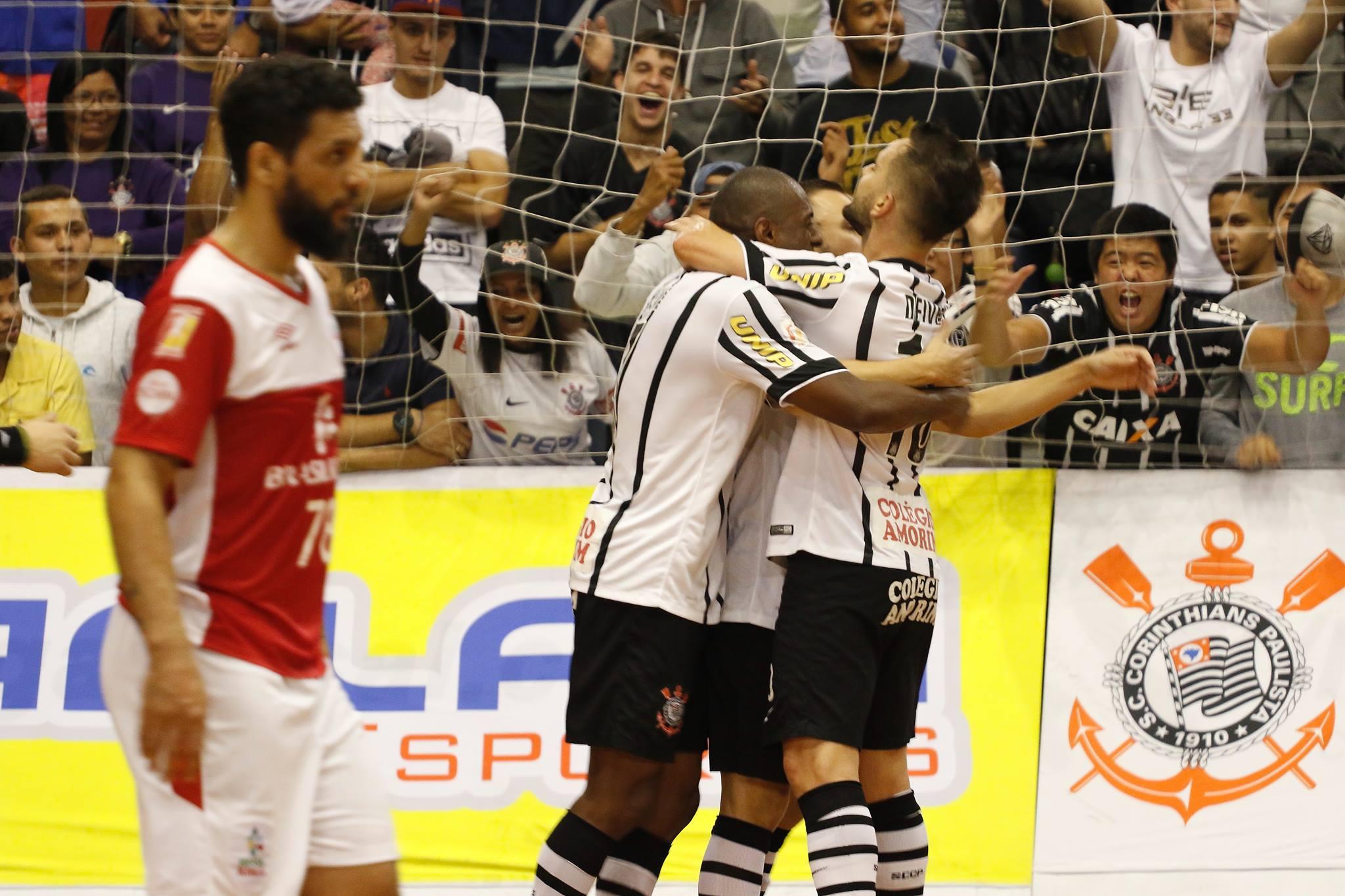 Corinthians vence Sorocaba 4a6d57d50daa2