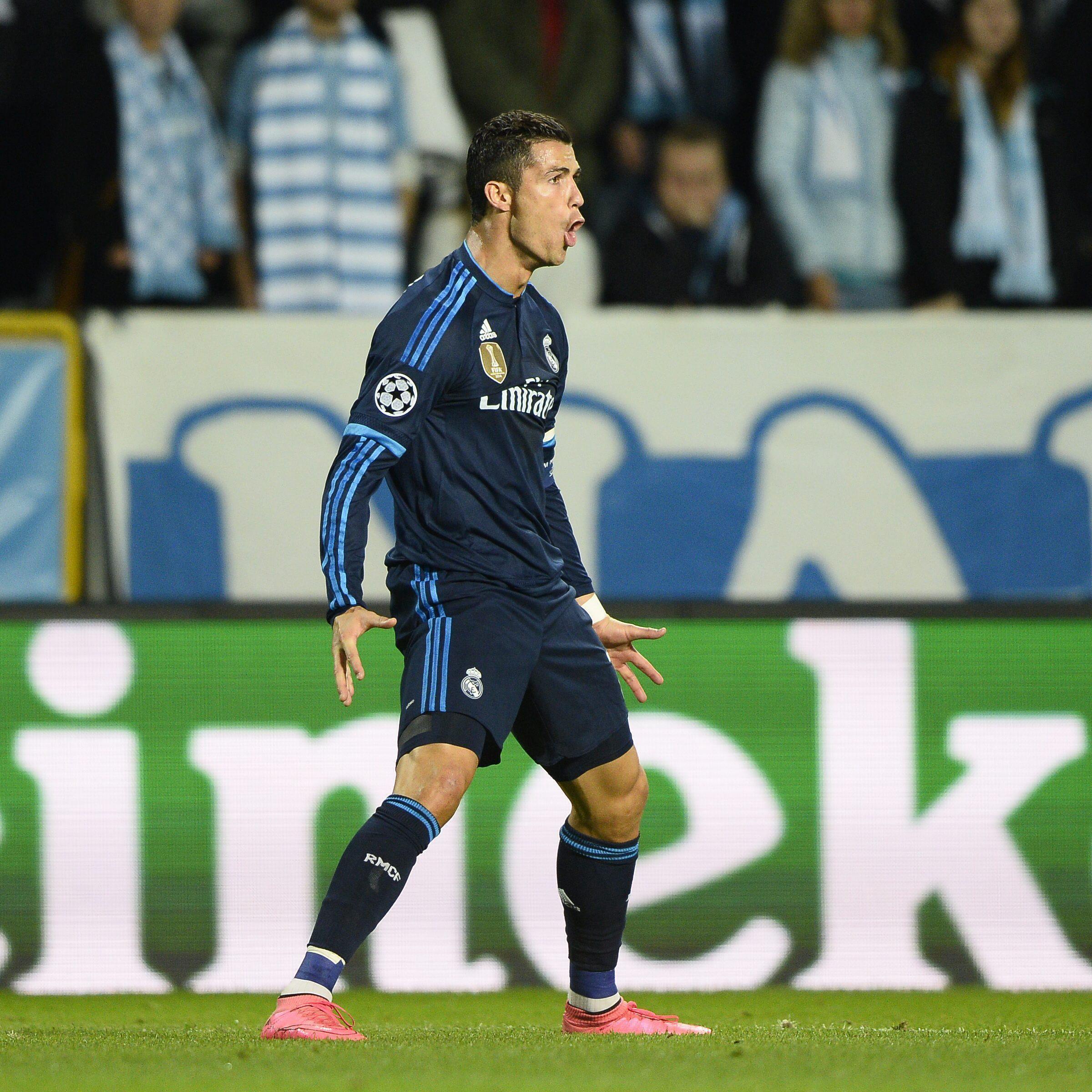 CR501  Cristiano Ronaldo atinge marcas históricas 6c6fefb472a1e