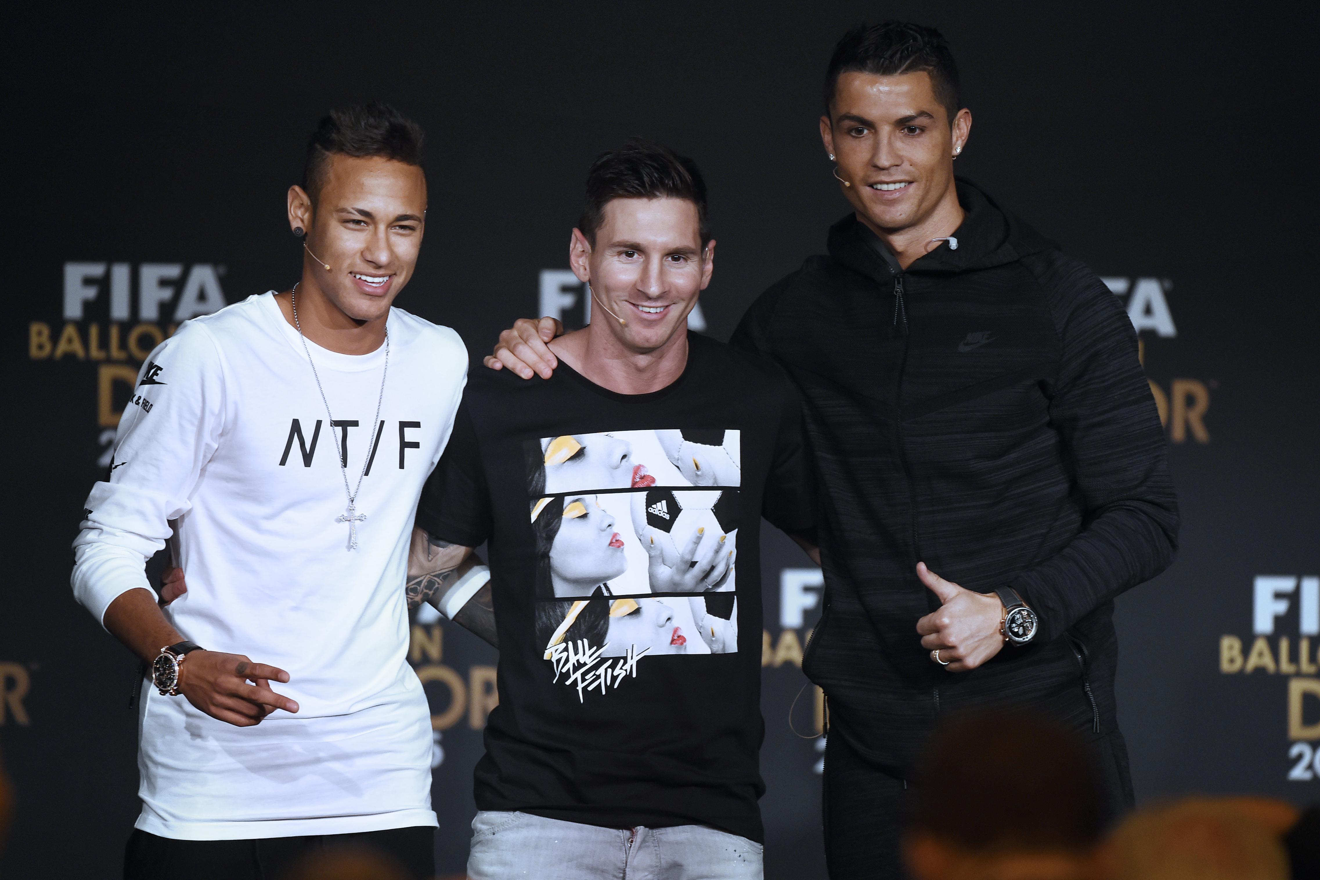 28b22e0ace Neymar vê Messi e CR7 como ídolos e se diz