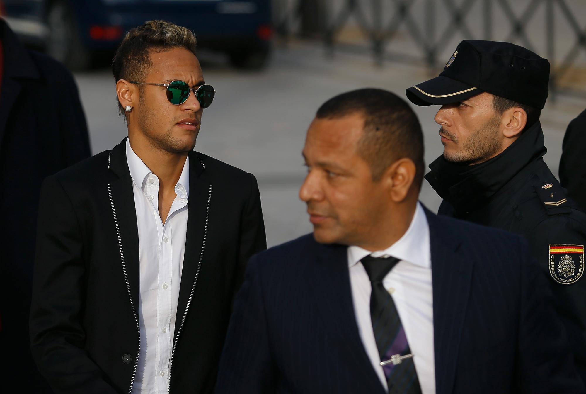 c47adbe372b0e Justiça quebra sigilo, e MP aponta pai de Neymar