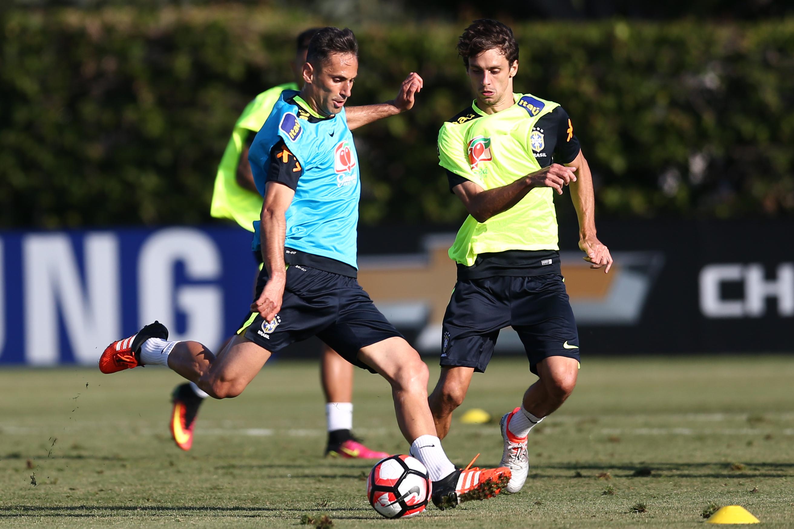 Jonas  relembre nove fatos marcantes da carreira do camisa 9 da Seleção a99f887dd9a01