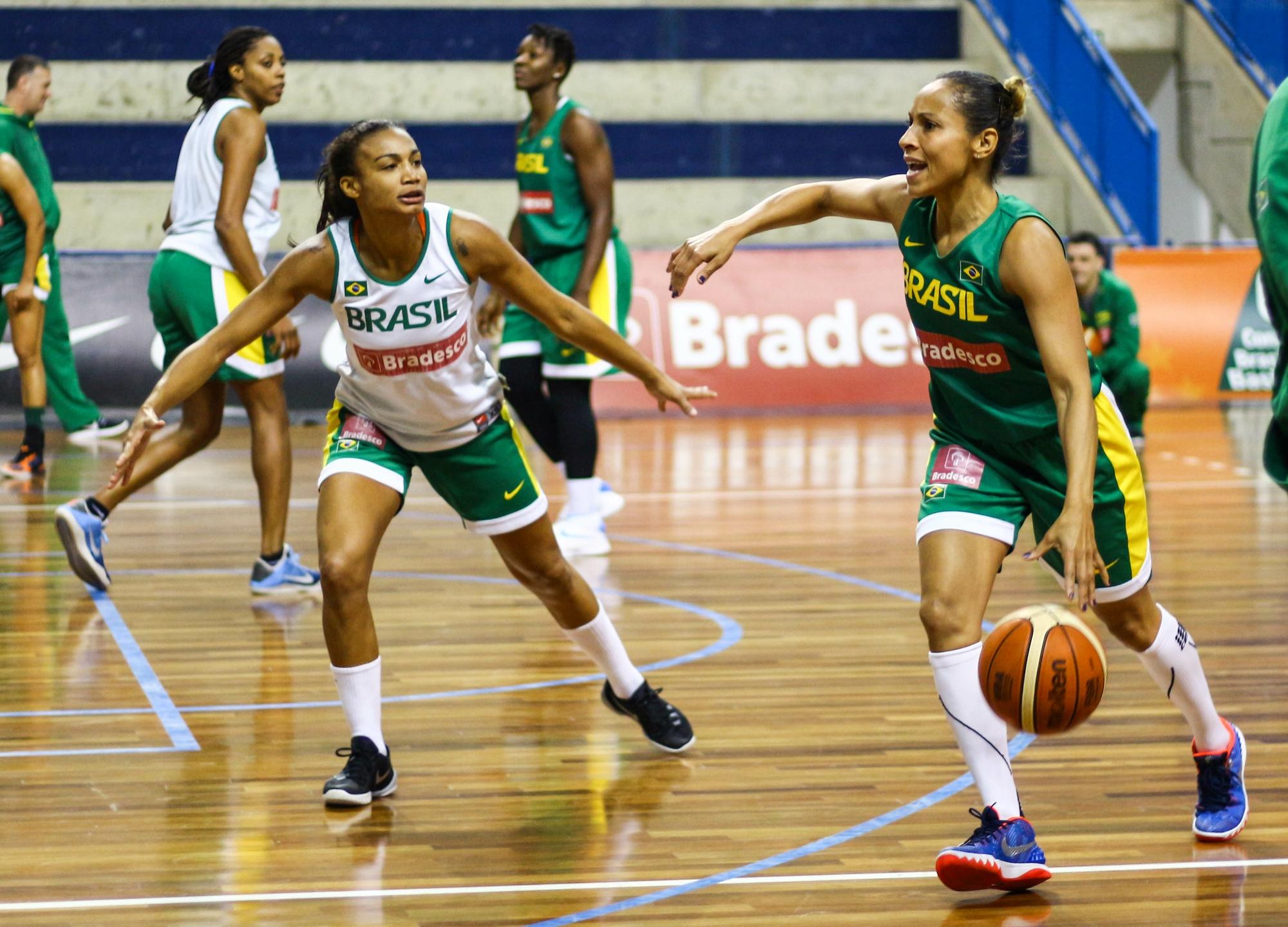7f4153a645 Adrianinha ensaia adeus com recorde de 5 Olimpíadas igual a Oscar Schmidt