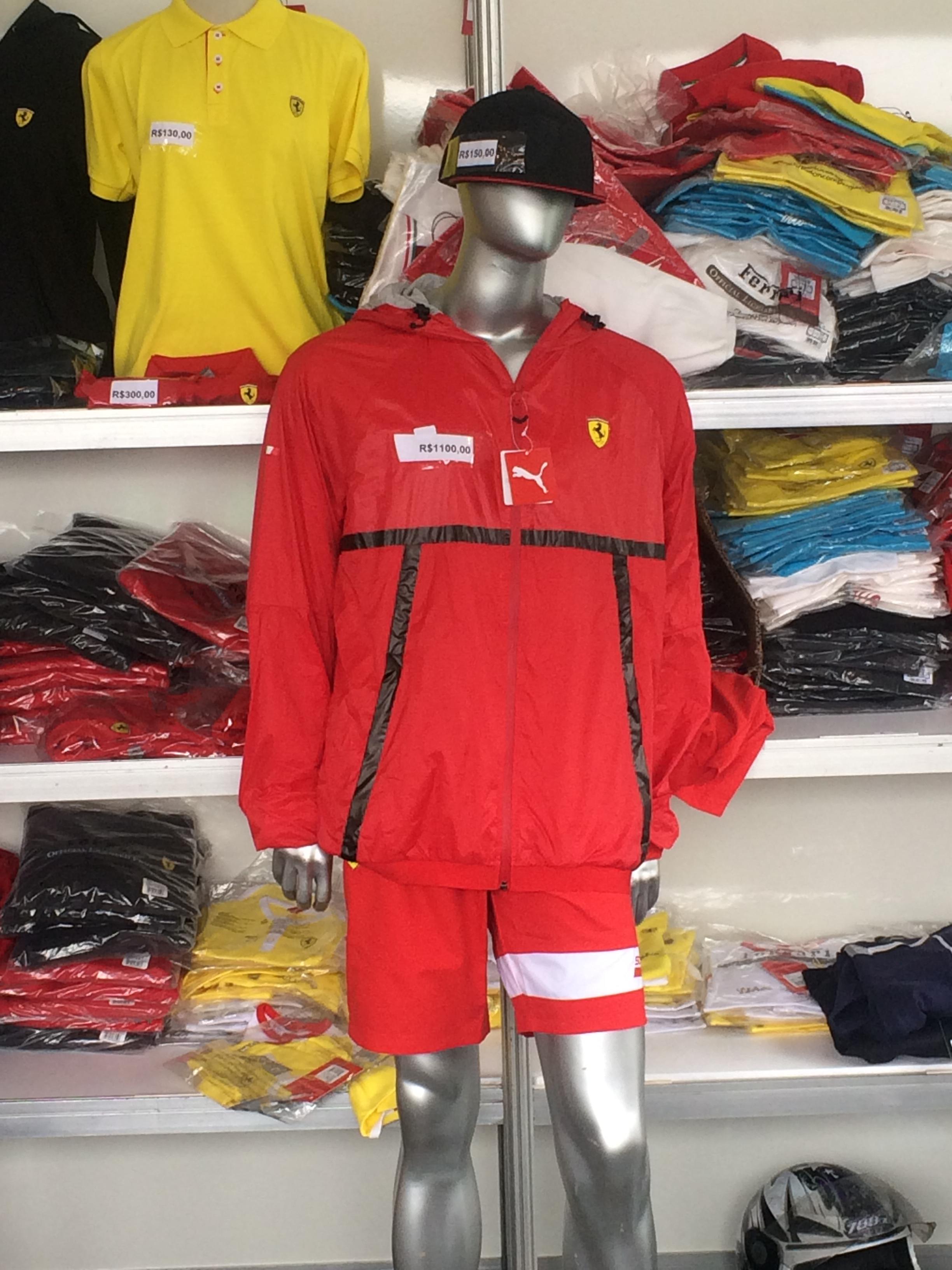 De R  60 a R  1.650  Interlagos tem produtos para todos os gostos em loja 043a7f3984313