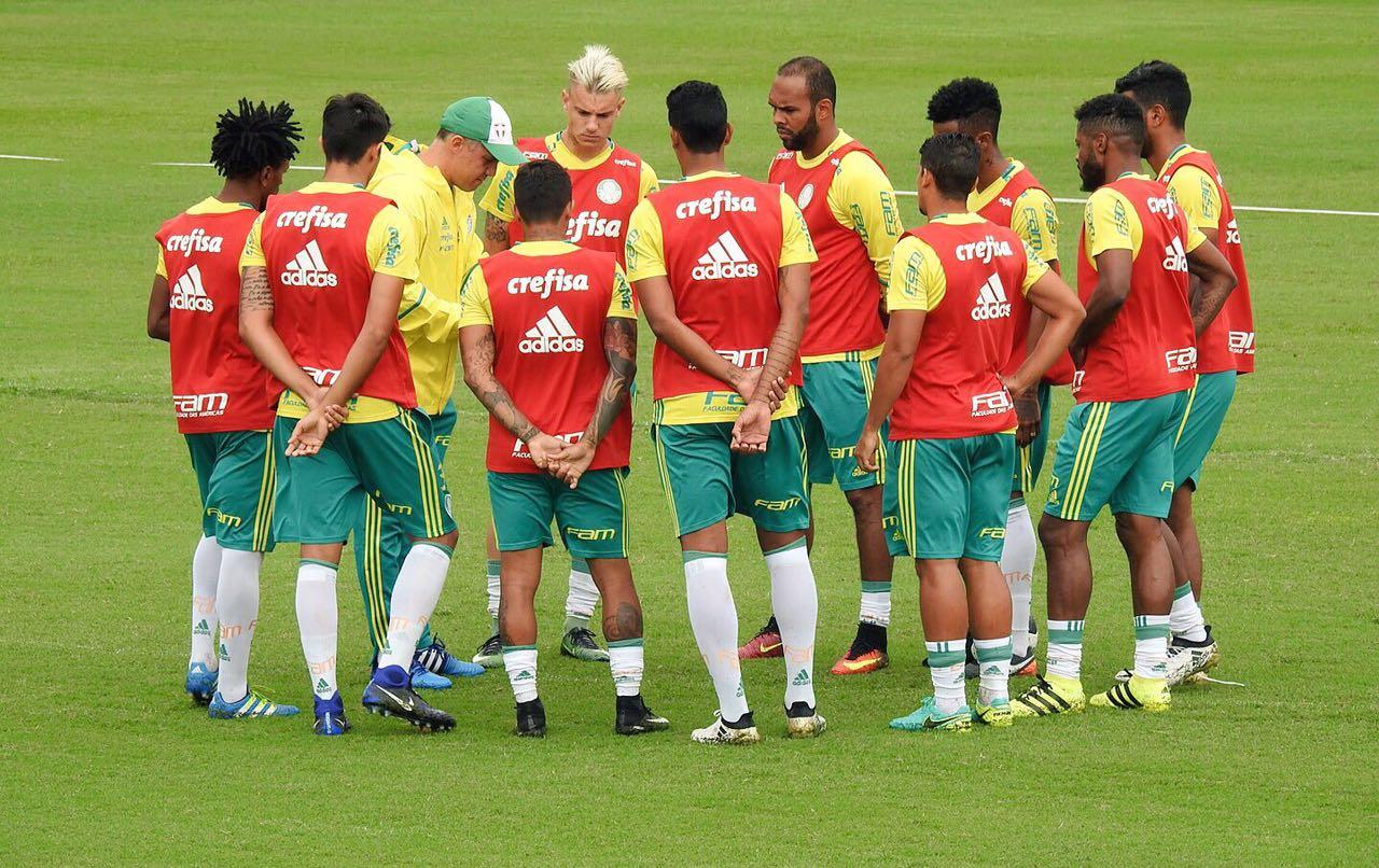 00e8a20ec5 Eduardo usa esquema predileto no Palmeiras e treina marcação pressão