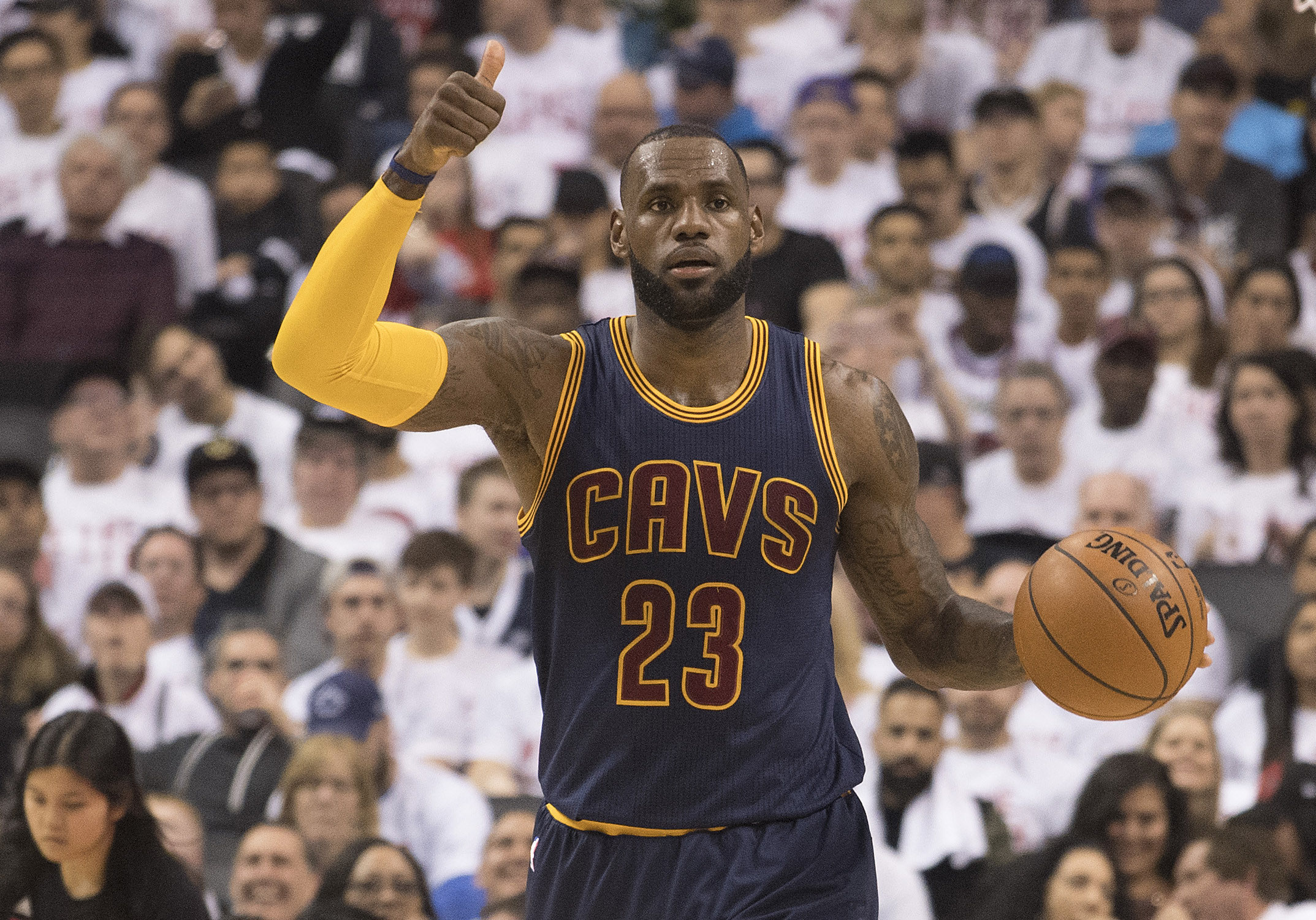 ae7a0b1aca51 NBA divulga seleção da temporada  recorde de LeBron