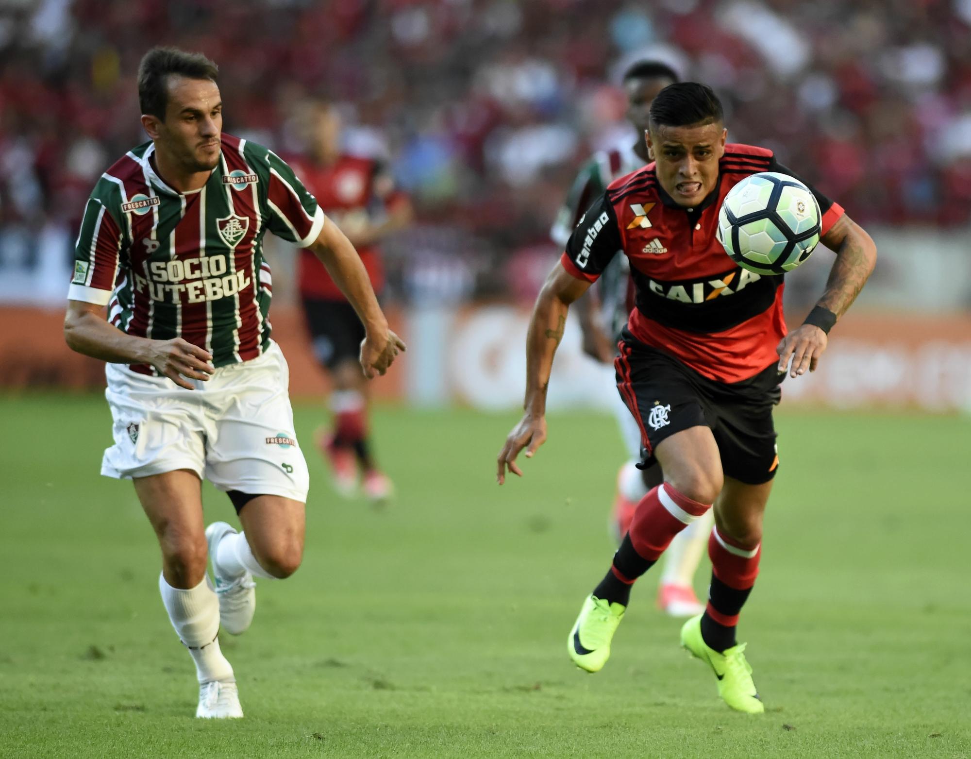 c97d5e82b642e Cartola FC  Felipe Santana, Everton e David Braz desfalcam a rodada  10
