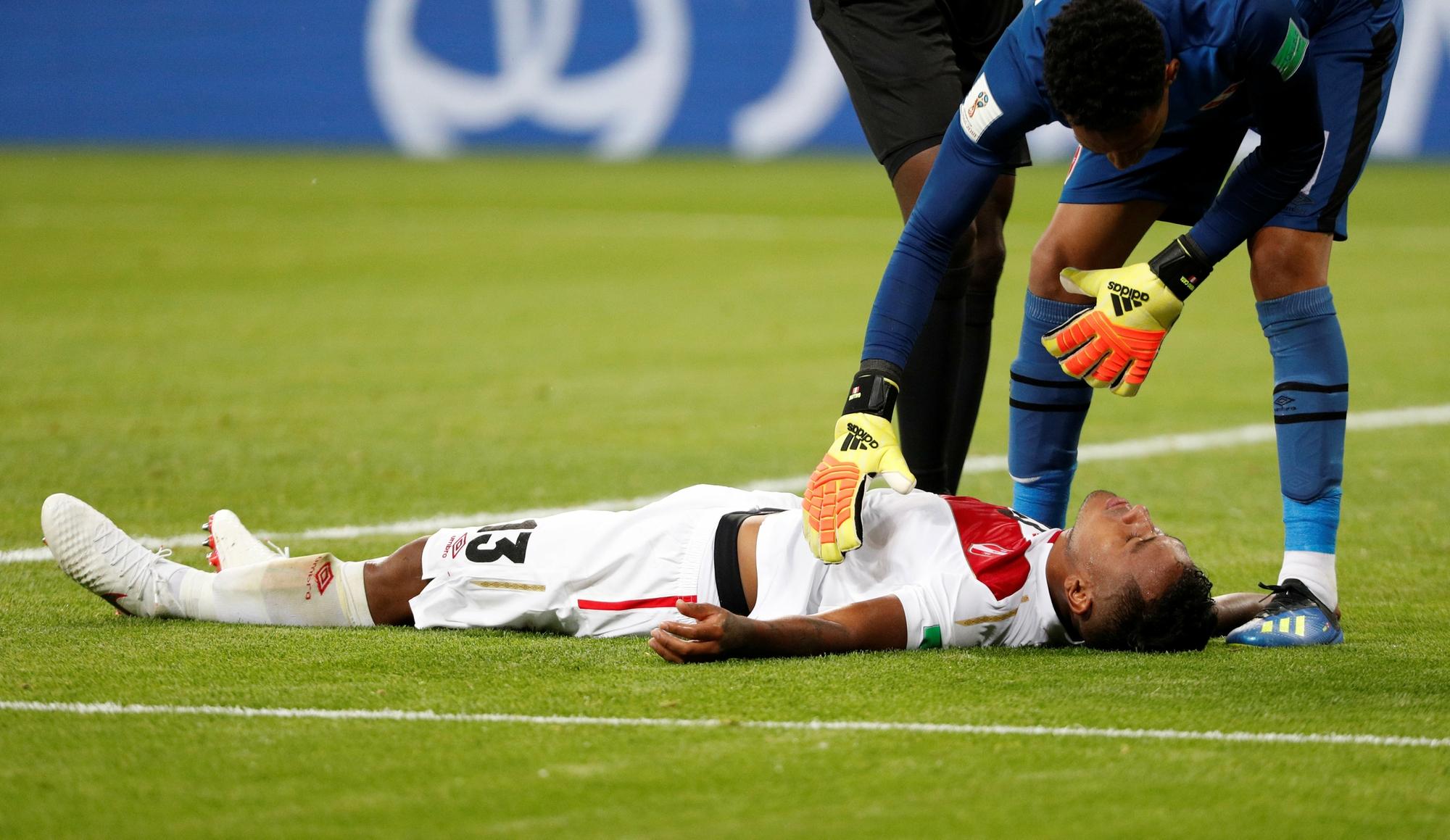 Médica explica tratamentos e cuidados em jogadores após choque de cabeça  26db33aa1e6d7