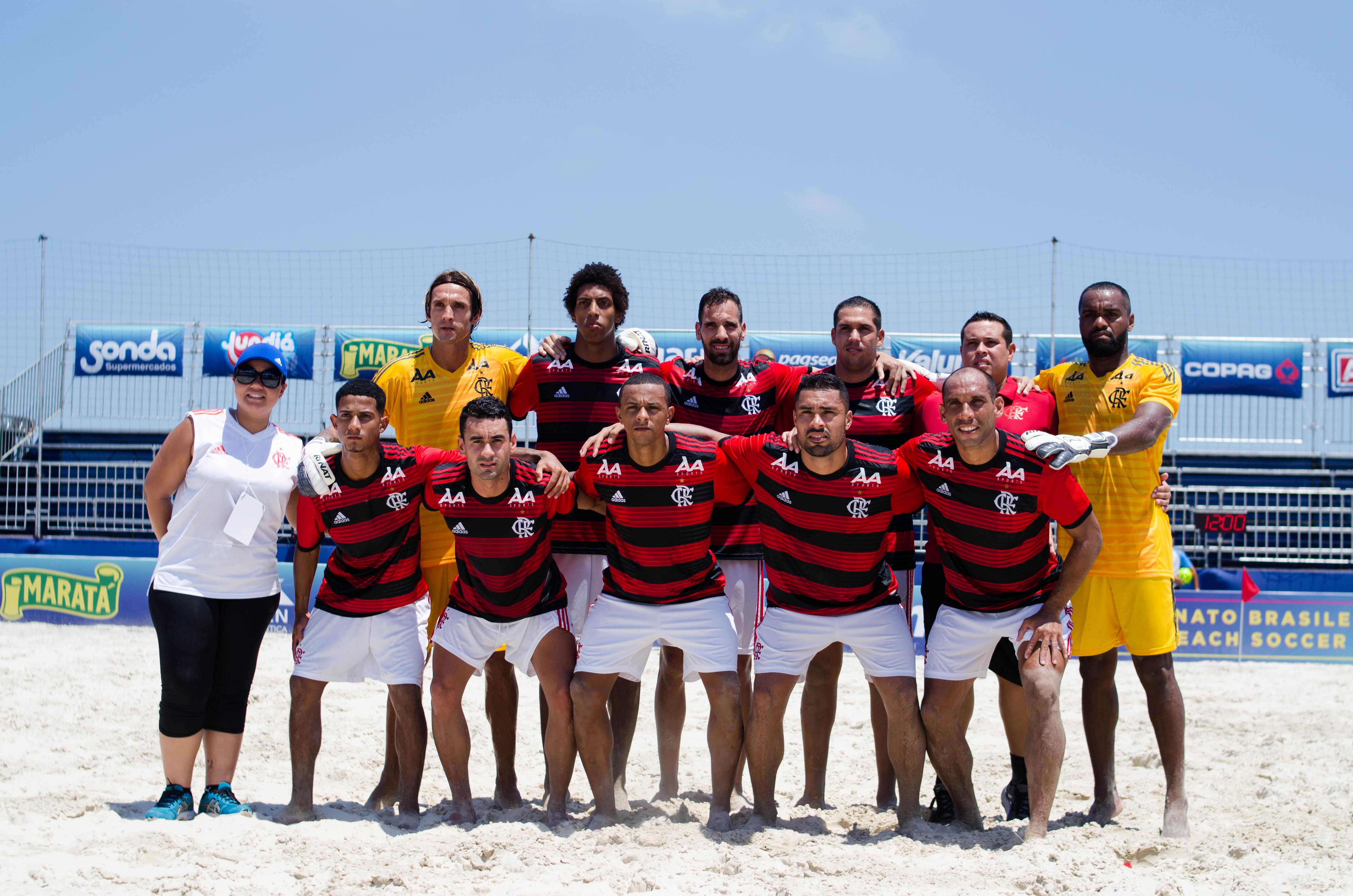 04446117de Vasco domina convocação da seleção brasileira nos treinos para o Mundial