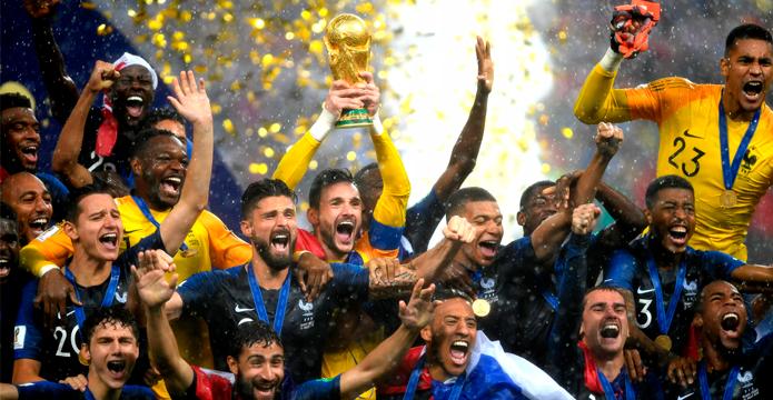BLOG: Le jour de gloire est arrivé! A França é bicampeã mundial após 20 anos da primeira conquista!