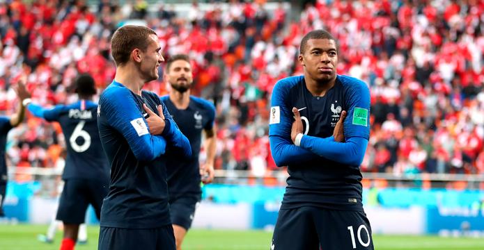 BLOG: A França melhorou, mas ainda deve muito futebol na Copa