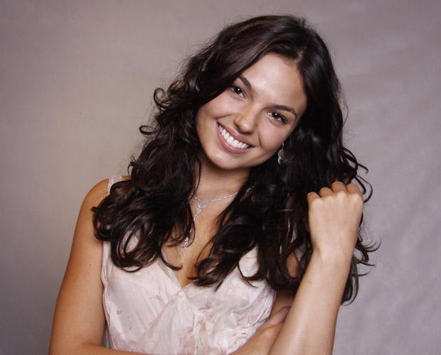 Marcela De Andrade (Isis Valverde)