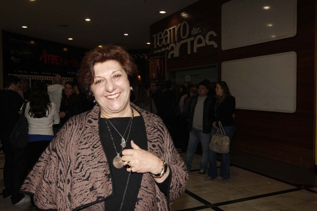 http://s.glbimg.com/jo/eg/f/620x0/2012/06/23/jandira_martini_2.jpg