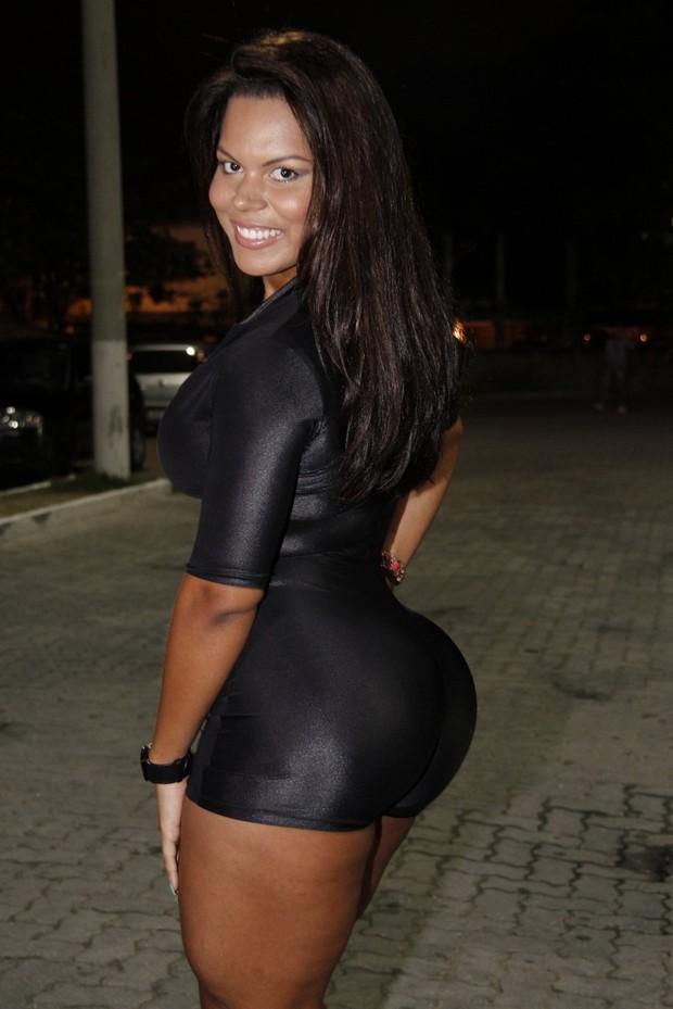 Big ass latex diva interracial anal 6