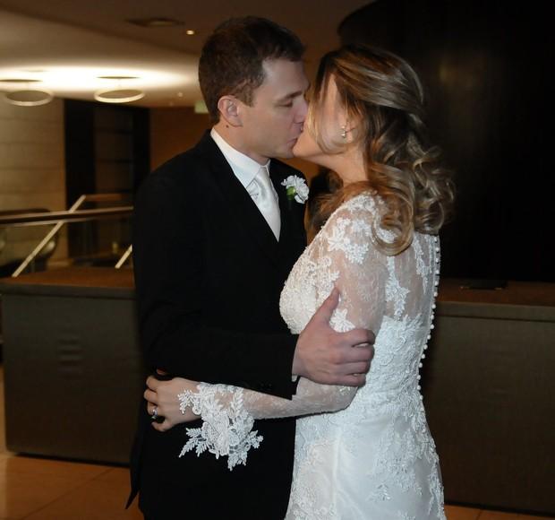 Apos marido ver despedida de solteira terminou com a noiva - 1 part 4