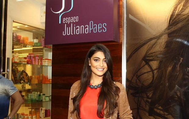 Juliana Paes é dona de rede de salões de beleza