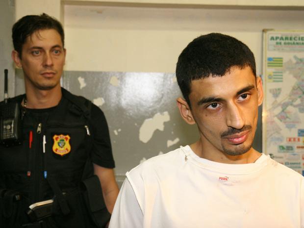 Mohammed esfaqueia colega de cela em Aparecida de Goiânia