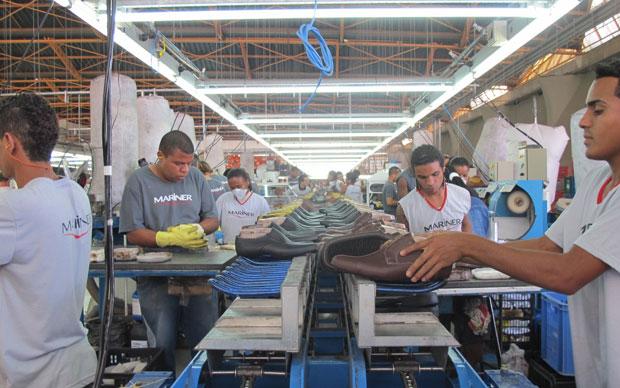 De janeiro a maio, setor de calçados no país abriu 34,3 mil novos empregos, segundo a Abicalçados