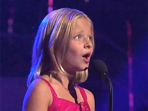 A cantora Jackie Evancho, que se apresentou no programa de TV 'America's Got Talent' na última terça (10)
