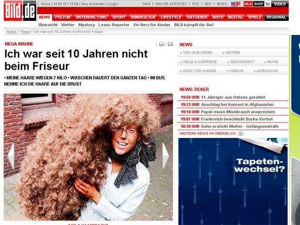 Alemã não corta o cabelo há dez anos.